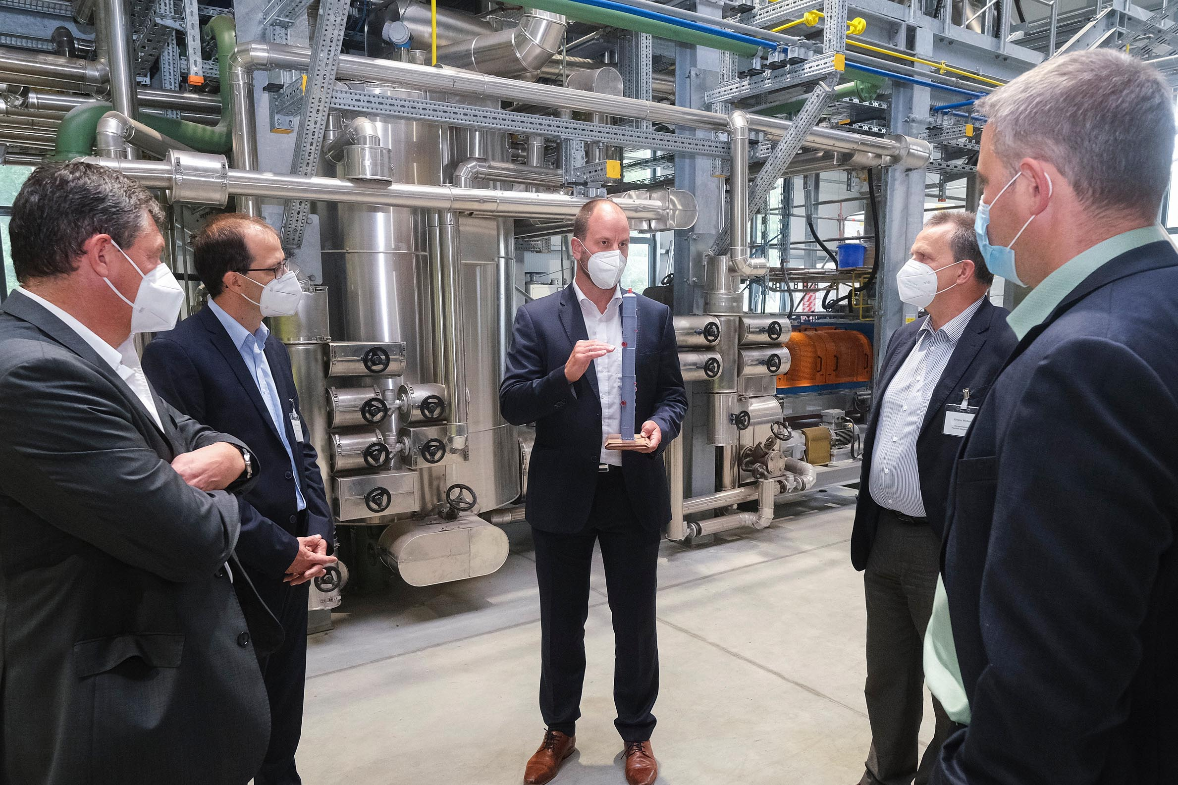 CAPHENIA produces E-fuels in Lower Saxony